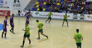 Conservas Alsur Antequera vs Villa Aranda de la primera vuelta