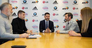 Un WhatsApp de Tebas confirmó que Aganzo vendió a los futbolistas