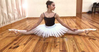 Una joven bailarina malagueña, aceptada por el Ballet Internacional de Bruselas