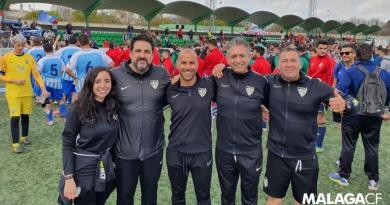 Noble gesto del staff técnico del Málaga Genuine