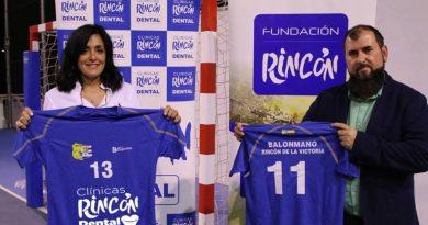 Fundación Rincón, también con el balonmano Rincón de la Victoria