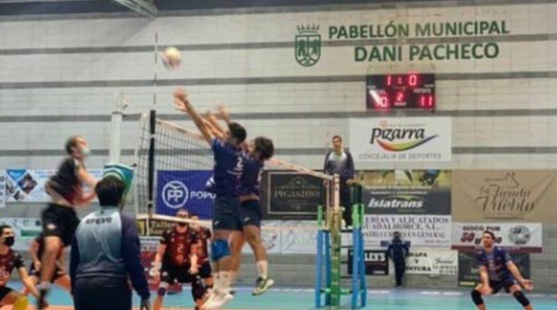 Espectáculo y victoria del Club Voleibol Pizarra ante Grupo Egido Pinto