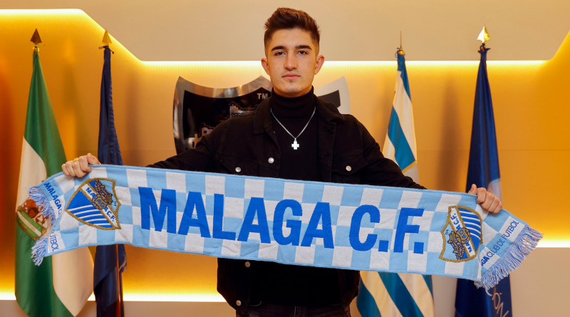 Oficial: Julio Martínez, renovado hasta 2022