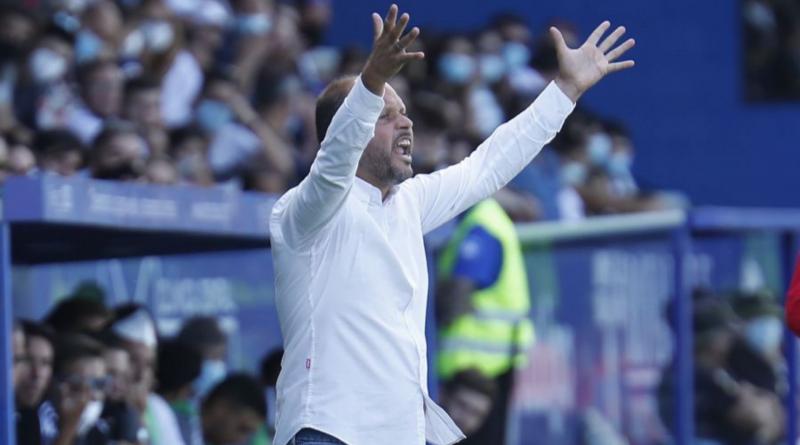 """José Alberto hace autocrítica de la goleada en Ponferrada: """"Hemos estado irreconocibles"""""""
