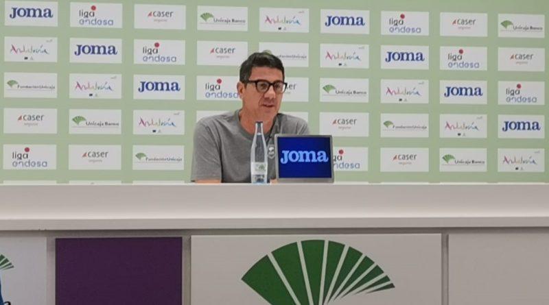 """Katsikaris avisa del potencial del Tenerife: """"Tienen la mejor pareja de la liga, tendremos que darlo todo"""""""