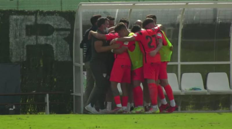 Larrubia y Julio dan la primera victoria al Atlético Malagueño