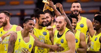 Lavrio lidera el grupo de Unicaja en la BCL tras hacerse fuerte en casa